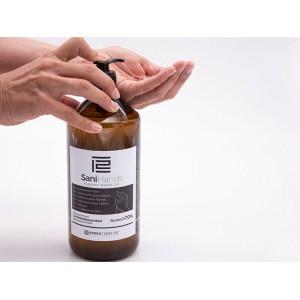 gel igienizzante mani con un 70%.di alcool